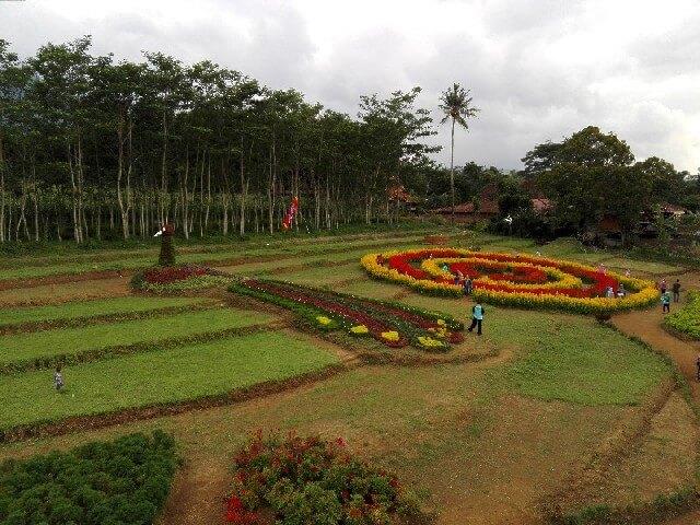 Taman Bunga di Semarang